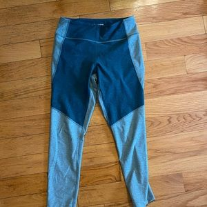Madewell x Outdoor Voices 3/4 Warmup Leggings